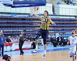 Fenerbahçe Namağlup Çeyrek Finalde