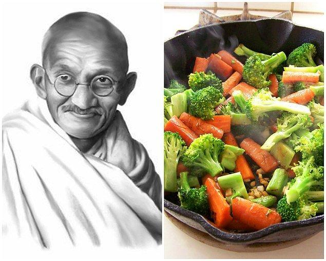 12. Mohandas Karamçad Gandi