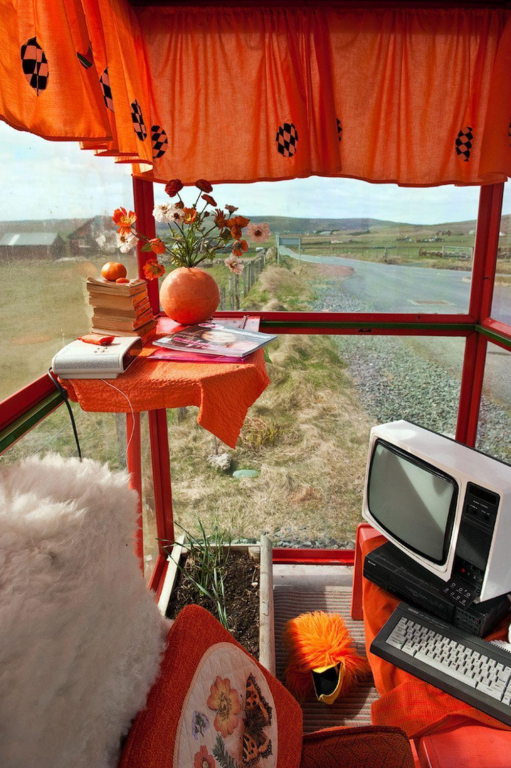 Стояк в автобусе 15 фотография