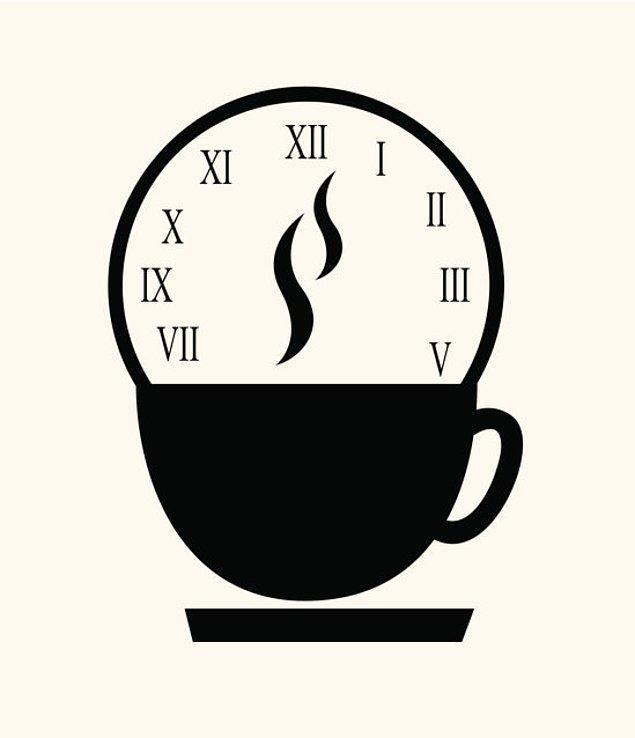 8. Eğer son teknoloji ürünü bir kahve makineniz varsa, uyanmanıza iki-üç dakika kalaya makinenin alarmını kurun ve uyanır uyanmaz sıcacık kahvenizi yudumlayın.