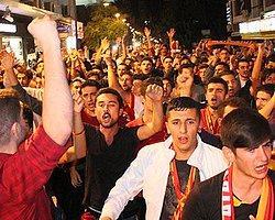 Taksim'de G.Saray-Dortmund Kavgası