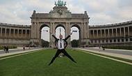 Avrupa'yı 35 Fotoğrafta Zıplayarak Geçen Adam