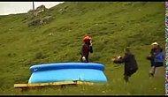 100 Metrelik Kayaktan 3 Metrelik Havuza Atlamak - Yok Böyle Atlayış - Eğlencenin Dibine Vurmak