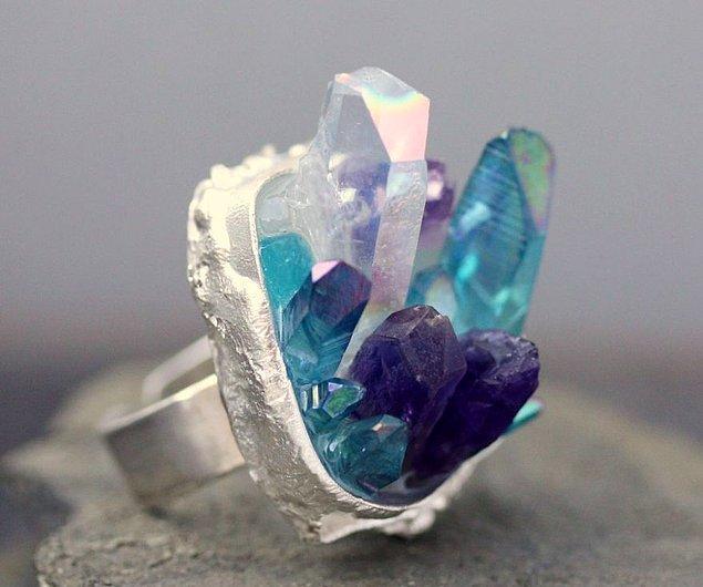 5. Saf kristal yüzük