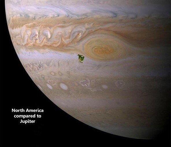 Давайте немного о планетах? Это зеленное пятно – Северная Америка на Юпитере.