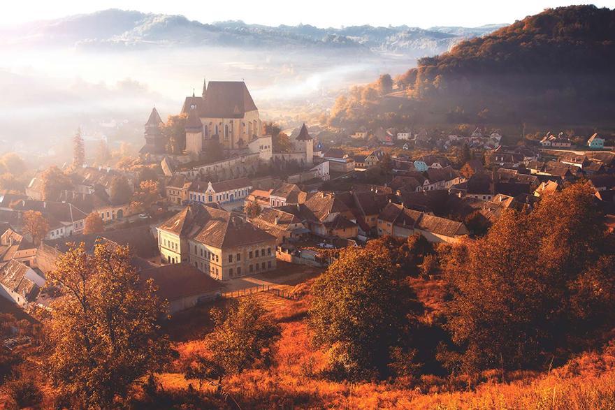 Romanya'nın Mutlaka Ziyaret Edilmesi Gereken Bir Ülke Olduğunu Gösteren 22 İnanılmaz Fotoğraf