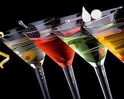 Turizm Liselerindeki 'Alkollü İçki Servisi' Dersinin Kaldırılması Önerisi Kabul Edildi