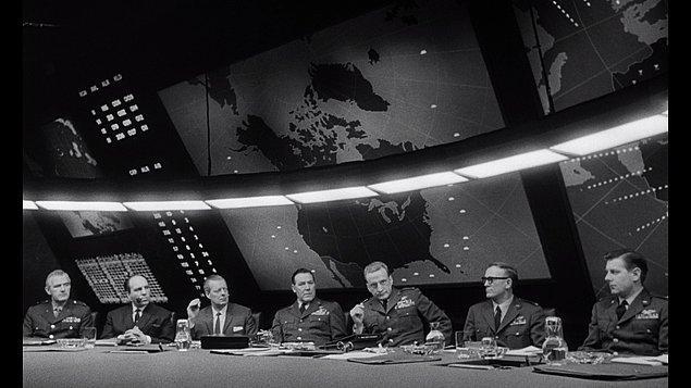 5. Dr. Strangelove (1964)  | IMDb 8.5