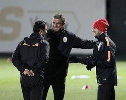 """""""Hamzaoğlu, Sneijder'den Özür Diledi"""""""