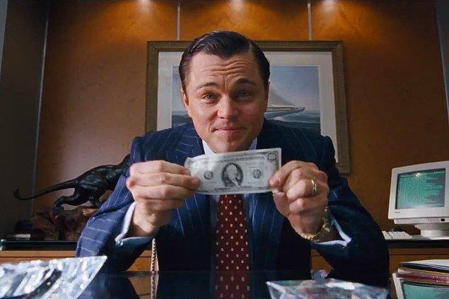 """10. """"Para size sadece daha iyi bir hayat sağlamaz. Daha iyi yemek, daha iyi araba, daha iyi bir şey. Aynı zamanda sizi çok daha iyi..."""