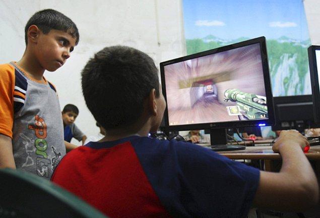 2. Oyun oynayan çocukların heyecanlı bağırışları rahatsızlık boyutuna çıkabilir.