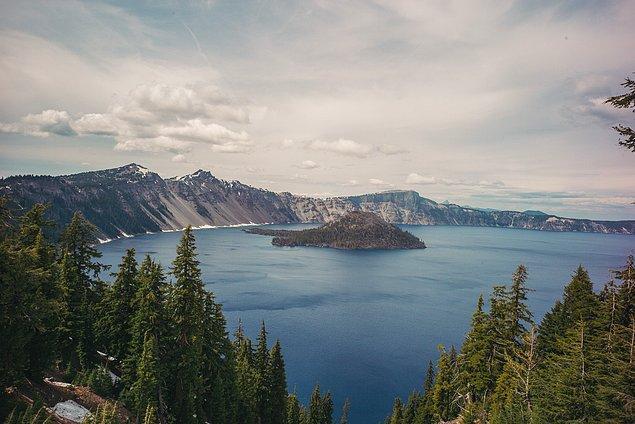 5. ''En güzel manzarayı yakalamak için az tercih edilen yolları seçtik. Crater Lake, Oregon''
