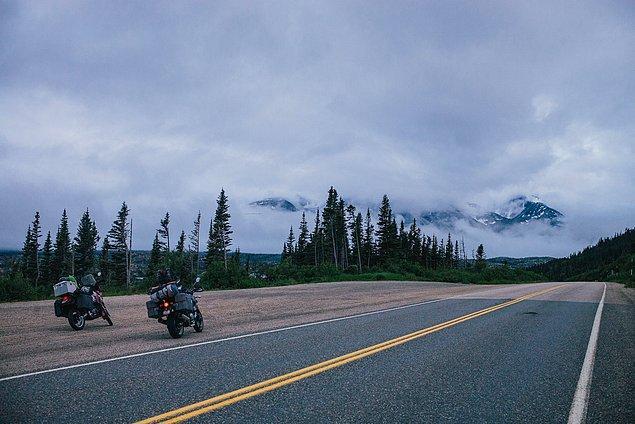 32. ''Küçük bir Alaska kasabası olan Skagway'e olan gezimiz nefes kesiciydi. Klondike Altına Hücum zamanından iyi bilinen White Pass yolu inanılmazdı.''
