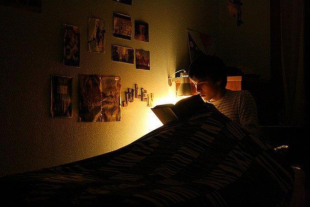 Ortalama zekaya sahip insanlar toplumun öngördüğü uyku düzenini takip ederken, zekası ortalamanın üzerinde olanlar kendi uyku düzenlerini yaratıyorlar.