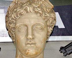 2000 Yıllık Hermes Heykelinin Başı Sivas'ta Ele Geçirildi