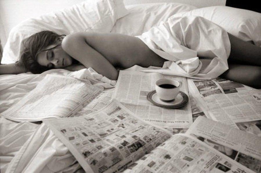 Открытка кофе в постель женщине, летием прикольные