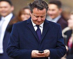 Cameron'u Telefonda İşlettiler