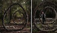 Tüm Yılını Ormanda Organik Materyallerden Heykel Yapmaya Harcayan Artistin Sürrealist Eserleri