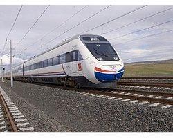Lodos Yüksek Hızlı Tren'i de Vurdu