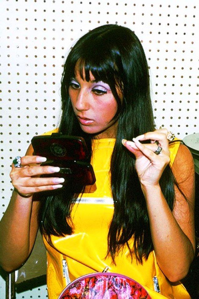 13. Cher henüz 19 yaşındayken.