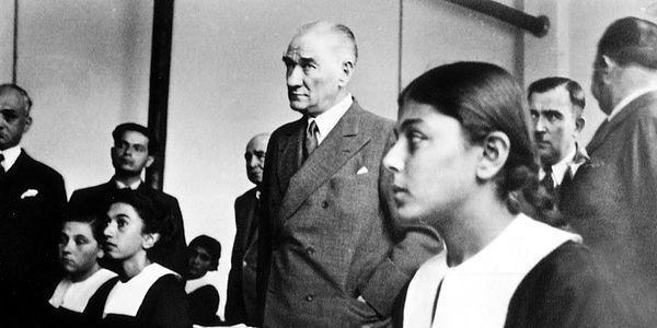 Atatürkün Gecesini Gündüzüne Kattığı Uğrunda Büyük Kavgalar Verdiği Kadın Hakları Mücadelesi 43