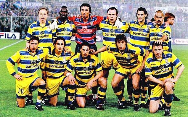 7. Şimdilerde borçları yüzünden 1 Euro'ya satılan Parma'nın anlı şanlı 1998/99 kadrosu