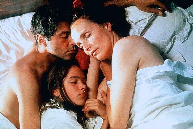 13. Afrika'da Bir Yerde (2001)  | IMDb 7.7