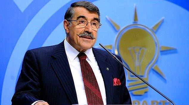 """CHP'li Cihaner, """"GİZLİ"""" notuyla 30 Nisan 1980 tarihli 9 personel hakkındaki taltif teklifi belgesini açıkladı."""