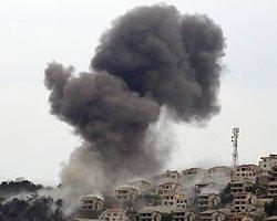 Türkiye Sınırına Yakın İlçeyi Bombaladı