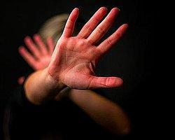 15 Yaşındaki Kıza Tecavüzden Yargılanan Sanıklara 'Gönül Rızası' Beraati