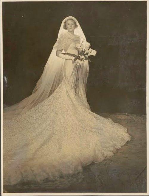 Nerede O Eski Düğünler Nostaljik Gelinlik Modelleriyle Eski