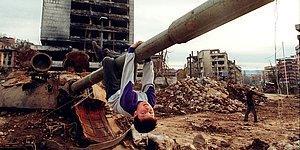 Savaşın İçinde Büyüyen, Yıkımını En Çok Hisseden Çocuklardan 17 Anlamlı Fotoğraf