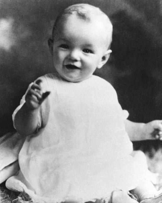 1. Gerçek İsmi Marilyn Monroe Değildi.