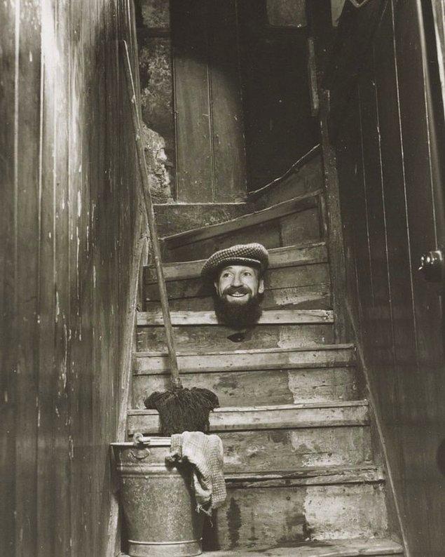 3. Yılbaşı Kartı, Angus McBean, 1950