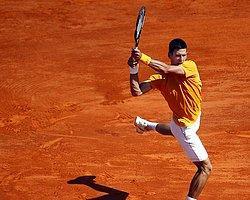 Djokovic, Cilic Karşısında Terlemedi