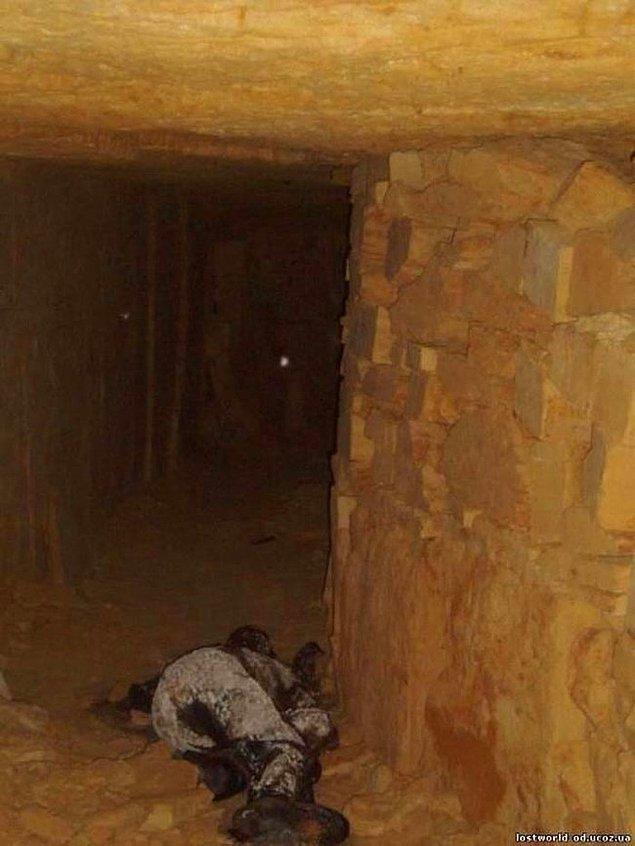 7. Ukrayna, Odessa Yeraltı Mezarlarında kaybolan ve ölen kızın çürüyen bedeni.