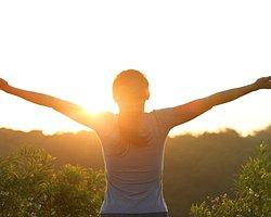 Acıları ve Zorlukları Olumlu Kazanımlara Dönüştürmenin 12 Yolu