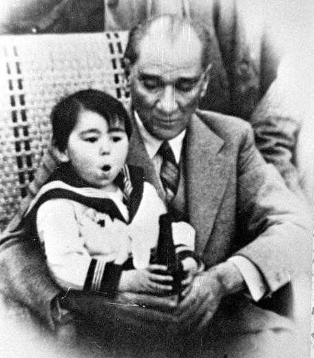 Atatürkün çocuklar Ve Gençler üzerine Söylediği Zamanın çok