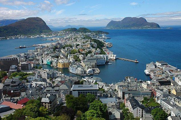 4- Norveç