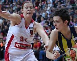 Fenerbahçe Seride 2-0 Geriye Düştü
