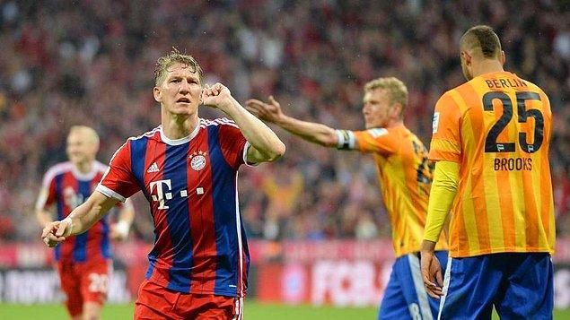 Hertha Berlin ise 23 puanla 13. sırada kaldı.