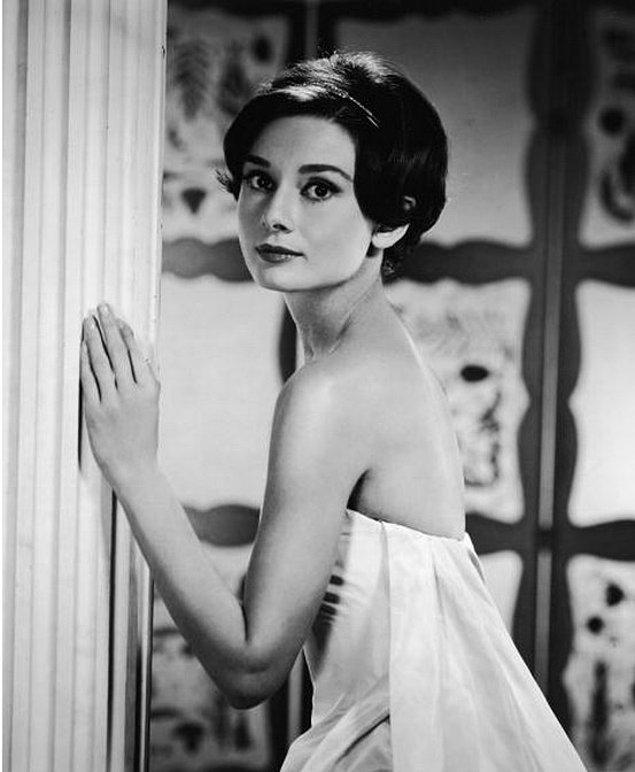 2. Audrey Hepburn'ün 1950'de Çekilmiş Fotoğrafı