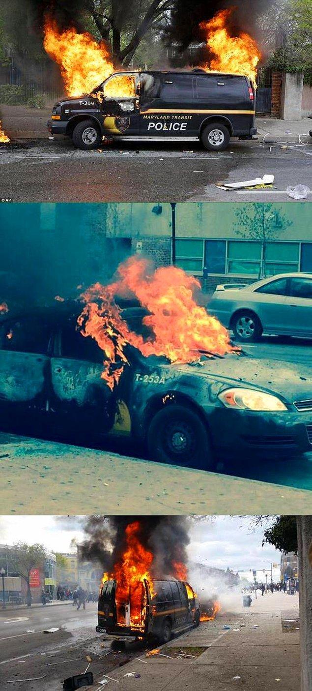 Göstericilerle polisler arasında çıkan çatışmalarda aralarında 15 polisin de bulunduğu çok sayıda kişi yaralandı.