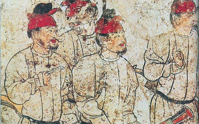 8. M.S. 755 yılında Çin'de çıkan Lushan isyanında 30 milyonun üzerinde insan ölmüştür ki bu rakam o günkü dünya nüfusunun 6'da biridir.