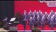 Çin'de orkestra sahnesi çöktü: 8 yaralı