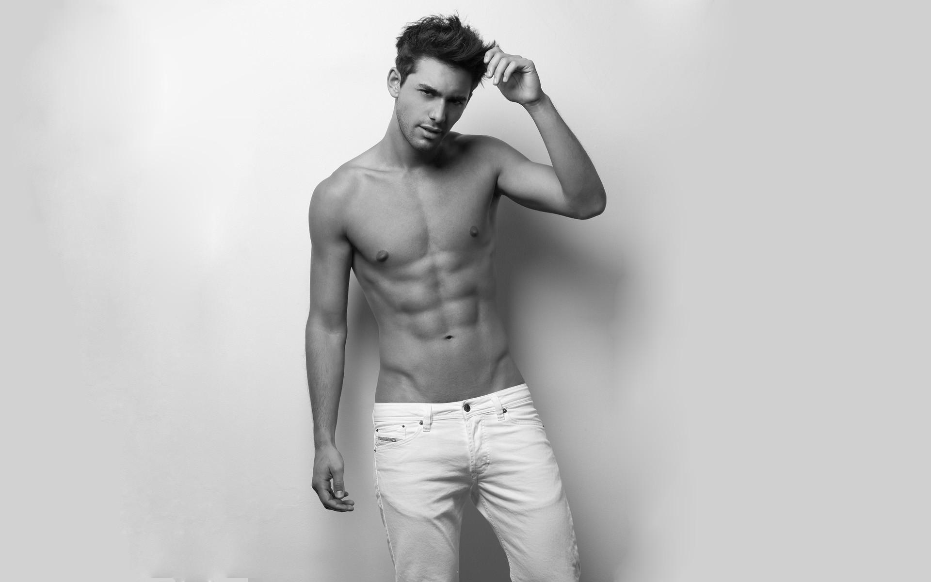 Сексуальные парни в джинсах 10 фотография