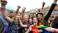 """İrlanda'dan Geçen Gökkuşağı: Eşcinsel Evliliğe """"Evet"""""""