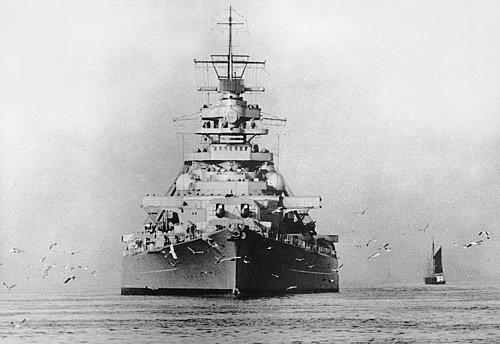 Atlantikin şövalyesi Bismarck Zırhlısının Dokuz Günlük öyküsü
