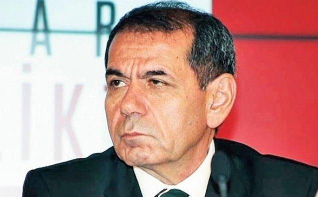 7. Disiplinsizliği, kulüp tesislerinde çırılçıplak dolaşması gibi türlü çılgınlıkları yüzünden Trabzonspor'dan gönderilen Luis Cavanda 1 milyon 750 bin euroya transfer edilmişti. Sebebiniyse kimse bilmiyor...