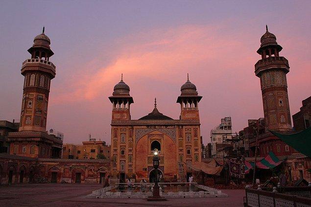 5. Wazir Khan Cami; Lahore, Pakistan